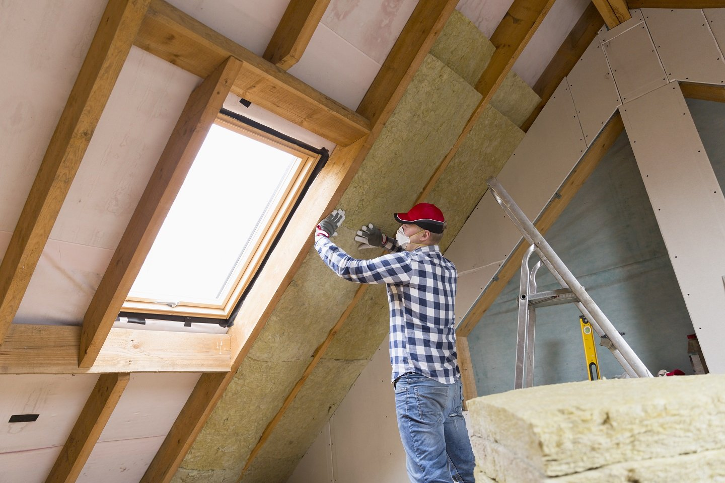 (A-One) The Importance of Roofing Insulation