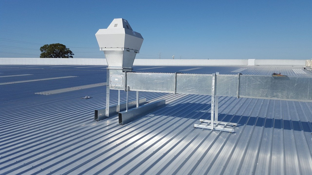 (A-One) Rooftop vs. Side Yard Unit Air Conditioners - What You Need to Know